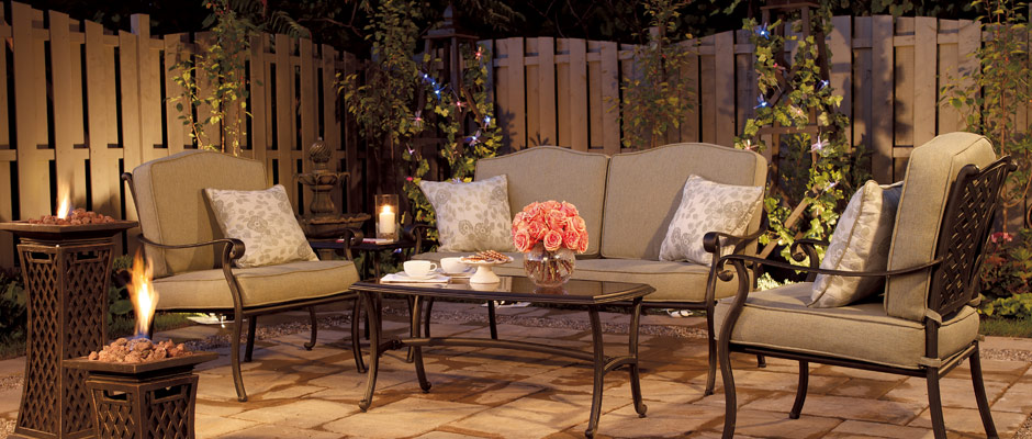 Outdoor Living Room with fireplace and coffee table