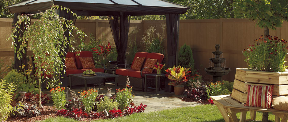 Outdoor Living garden with gazebo and fountain