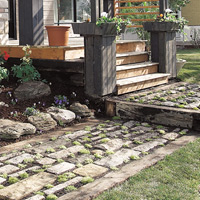 Natural stones are ideal for achieving a rustic look.