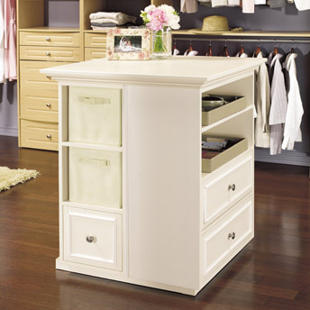 Small storage island for the closet in MDF