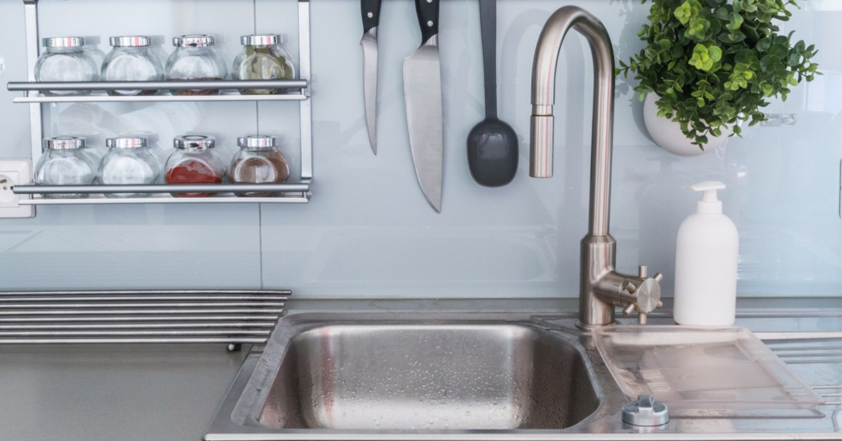 Install Or Replace A Kitchen Sink On A Laminate Countertop