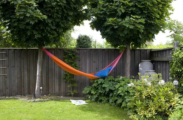 Planifier la pose d\'une clôture sur son terrain | RONA