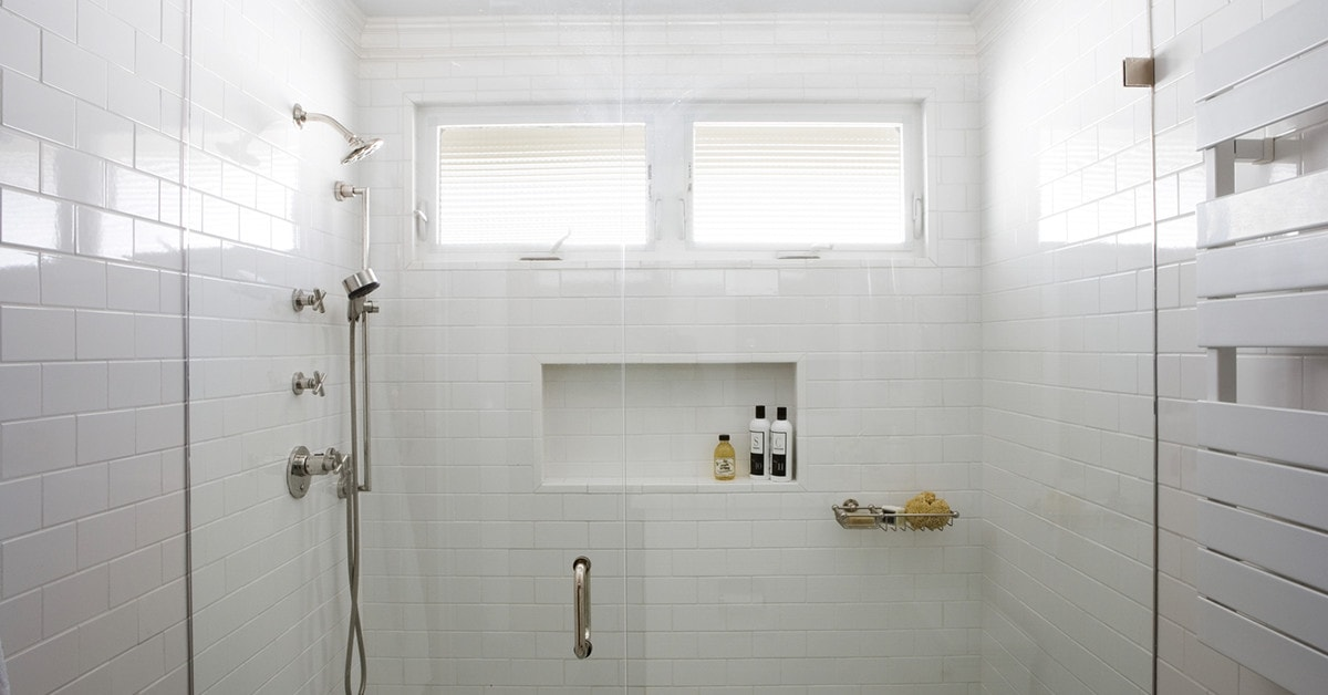 Modular Showers, One-Piece Showers and Shower Bases
