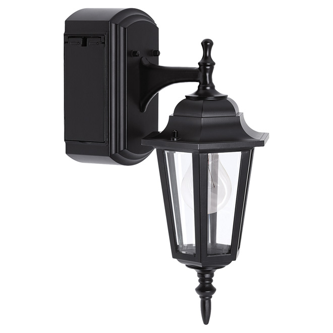 Reversible Wall Lantern with GFCI Outlet