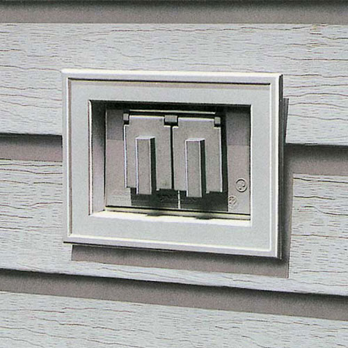 Mini recessed wall plate