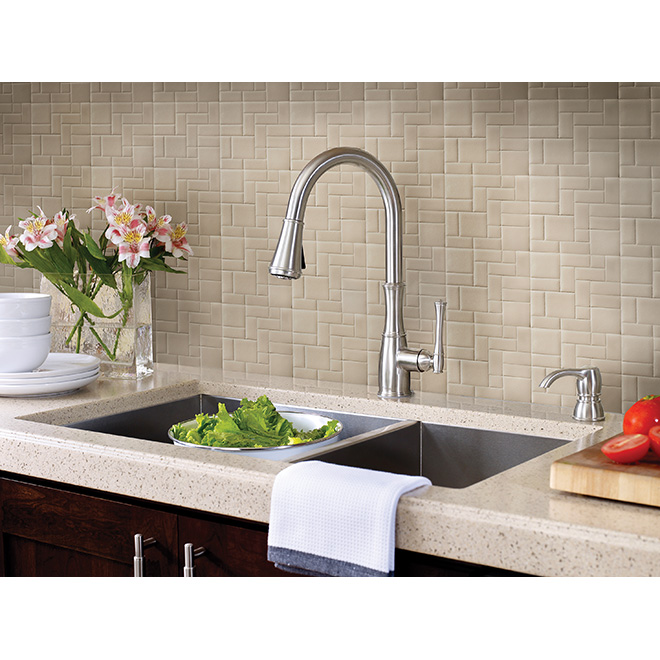 "Pull-Down Kitchen Faucet - ""Wheaton"""