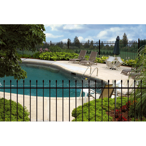 """Aristocrat"" Steel Fence - 58 x 91"" - Black"