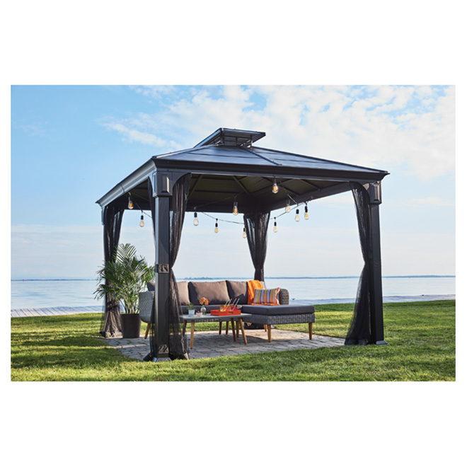 Sun Shelter Metal : Sun shelter with netting steel roof black