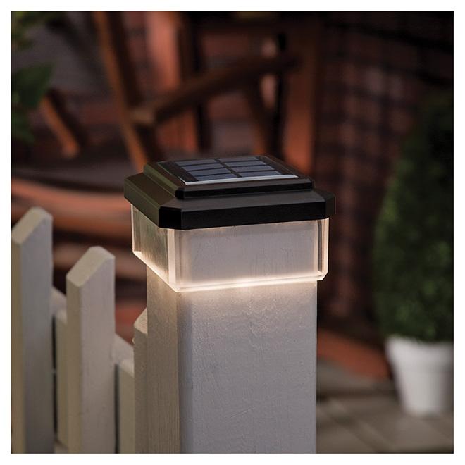 Capuchon solaire pour poteau 1 lumi re noir rona for Luminaire poteau exterieur
