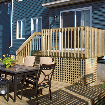 Plan the construction of a deck planning guides rona for Plan pour patio exterieur