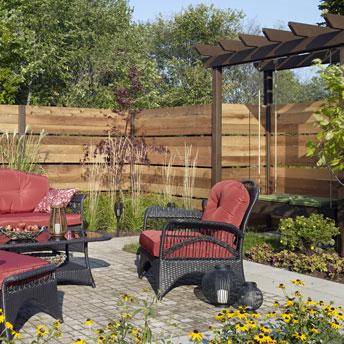 Teindre une terrasse ou une structure ext rieure en bois 1 rona - Couleur de teinture pour patio ...