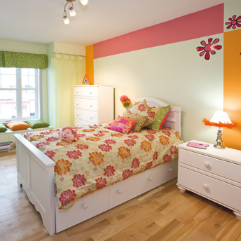 Bright cheery colors have a welcoming effect for your child.