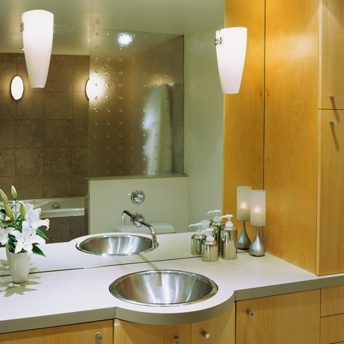 Bathroom Lighting Buyer 39 S Guides Rona Rona