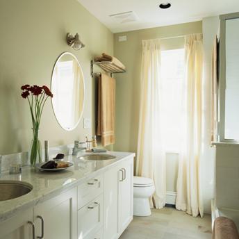 L\'éclairage de la salle de bain - Guides d\'achat | RONA