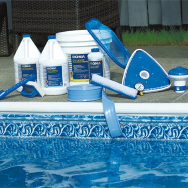 Ouvrir et entretenir sa piscine guides d 39 achat rona for Achat petite piscine