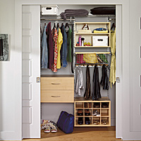 A few modular storage solutions are enough to organize your space