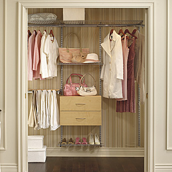 A few drawers and shelves placed strategically for suitable storage.