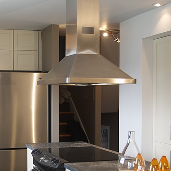 hottes de cuisini re guides d 39 achat rona. Black Bedroom Furniture Sets. Home Design Ideas