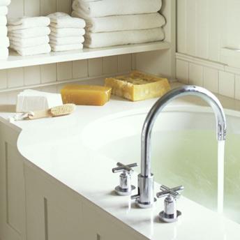 Robinetterie pour le lavabo et la baignoire guides d 39 achat rona - Changer le robinet d une baignoire ...