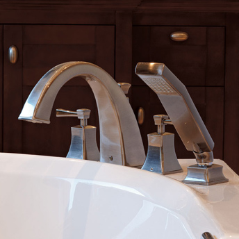 Robinetterie pour le lavabo et la baignoire guides d for Robinet salle de bain rona