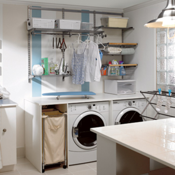 Build a work counter in the laundry room 1 rona for Comptoir salle de bain ikea