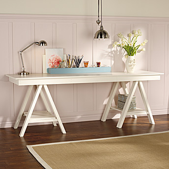 Art trestle table