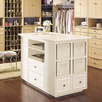 Large storage island for the closet in MDF